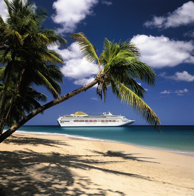 Headlining Comedians for Cruise Ships, Hotels & Holiday Resorts