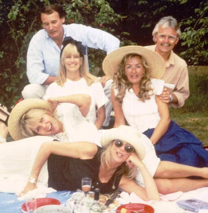 Andrew Basil, Chrissy Wood, Lizzie Cade,  Andy Cade, Nicole Winwood, Pattie Clapton.  1990/91 Fulham Palace Gardens