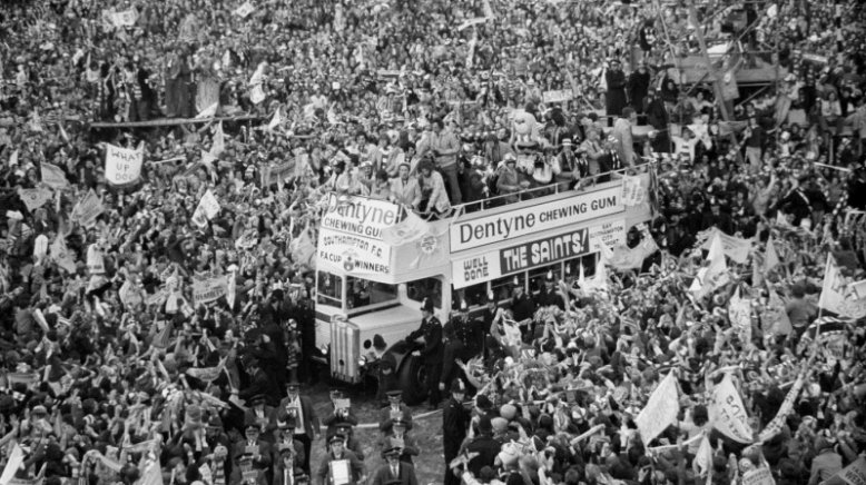 Saints 1976 FA Cup Parade